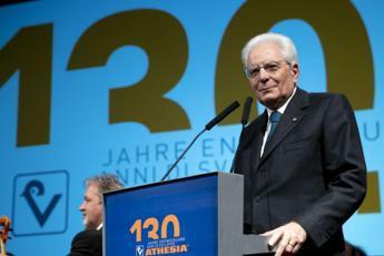 Mattarella: Carta tutela minoranze e libertà di stampa