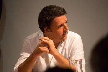 Rifiuti, Renzi a Di Maio: Facile dire no