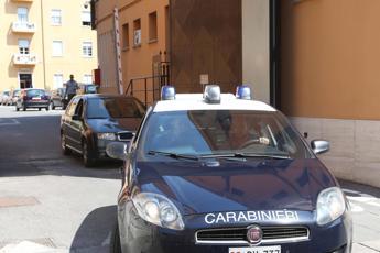 Pavia, anziano trovato morto in casa: fermato il figlio