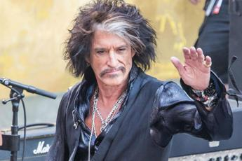 Malore per Joe Perry degli Aerosmith