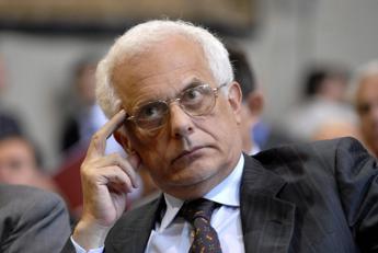 Vincenzo Visco: Politiche sbagliate handicap dell'Italia