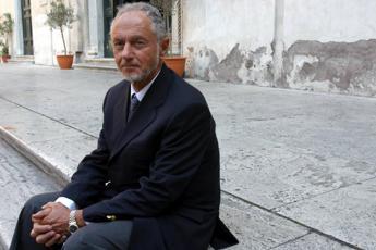 Fernando Aiuti, l'immunologo che con un bacio sfidò stigma Aids