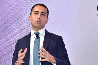 Di Maio hails French envoy's return to Italy