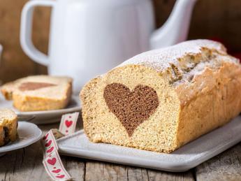 San Valentino, a tavola con il plumcake dal cuore veg