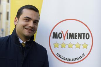 Sibilia: Di Battista? Lo vedrei bene candidato sindaco di Roma