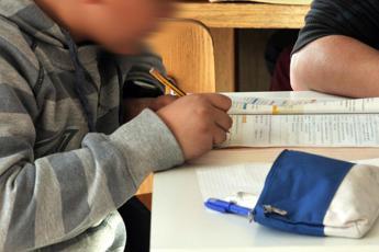 Miozzo (Cts): Priorità è riaprire le scuole, non gli stadi