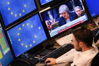 Brexit, arriva dl per uscita senza accordo