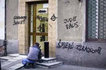 Polonia, giornale spiega come riconoscere gli ebrei