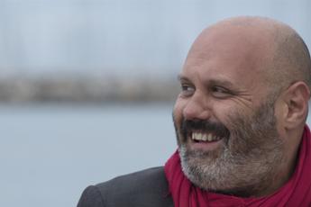 Manomesso profilo Fb, denuncia del sindaco di Cecina