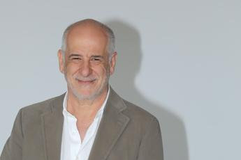 Lezioni di teatro di Toni Servillo con 'Elvira' all'Argentina