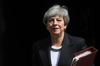 Brexit, le ultime ore di Theresa May: annunciata la data dimissioni