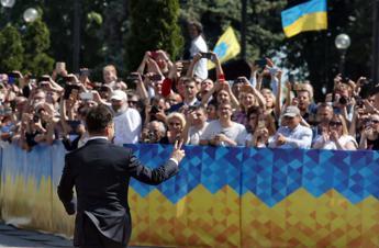 Ucraina, verso scontro Zelensky-Parlamento