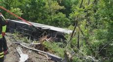 Siena, autobus nella scarpata: il video