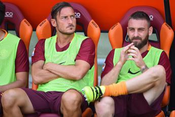 Torneremo grandi insieme, la dedica di Totti a De Rossi