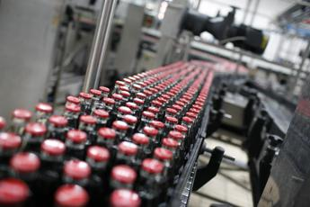 Coca-Cola, in Italia prodotta solo con energia pulita
