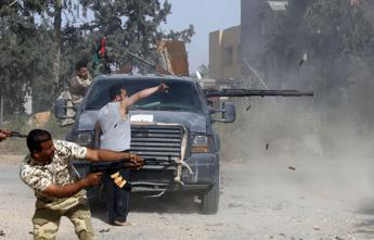 Almost 700 dead, over 4,000 wounded in Tripoli clashes