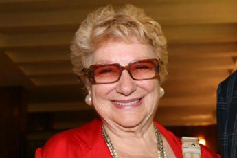 Morta Valeria Valeri, la grande attrice di cinema, teatro e fiction tv