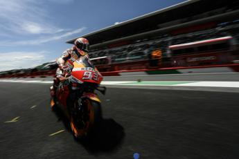 Marquez in pole