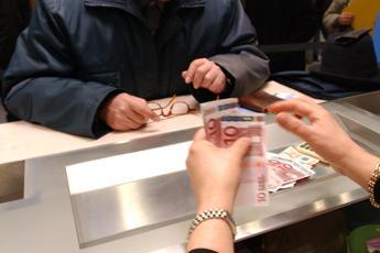 Catalfo: Domani pagamento bonus 600 euro per oltre 1,8 milioni di lavoratori