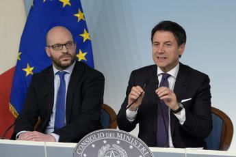 Fontana nuovo ministro degli Affari Ue