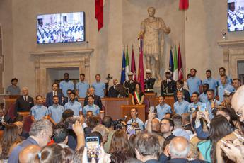 Raggi premia la Lazio: Roma orgogliosa di voi