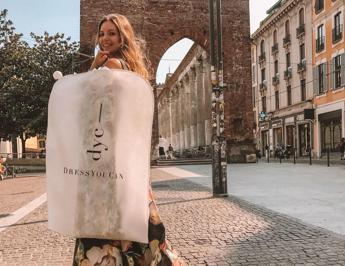 Arriva il 'fashion renting', noleggio vestiti griffati esplode anche in Italia