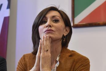 Bernini: Grande coalizione? Piuttosto 'grande colazione' di poltrone