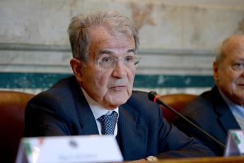 Prodi precisa: Proposta 'Orsola' prevede temi distanti da destra