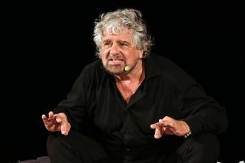 Governo, trattative M5S-PD: Beppe Grillo lancia un appello
