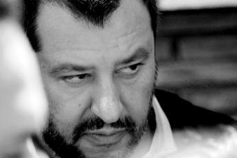 Salvini valuta ritiro ministri