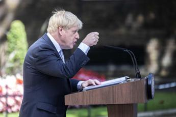Brexit, Londra: Non metteremo controlli in Irlanda, ma no a backstop