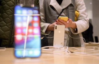 iPhone hackerati per due anni, annuncio shock di Google