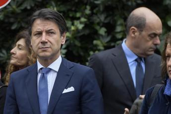 Pressing social su Zingaretti: Accetta Conte premier