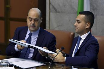 Di Maio sente Zingaretti: No veti su Conte