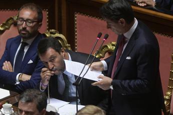 Rosario e 'ndrangheta, botta e risposta Morra-Salvini