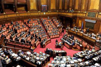 Fazzolari (Fdi): Subito parola a italiani, Conte giustifica spregiudicato accordo