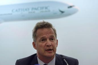 Proteste a Hong Kong, si dimette ceo Cathay Pacific