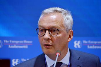 Le Maire: Molto prudente su modifica patto stabilità