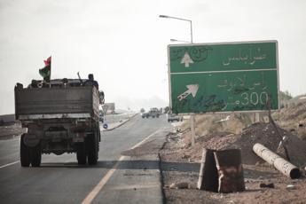 Libia, fonti Farnesina: Soluzione solo politica, non militare