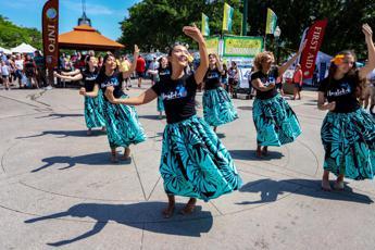 Pressione alta? C'è l'Hula dance, la ricetta hawaiana
