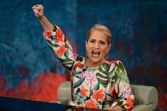 Heather Parisi: ''A Hong Kong danno irreparabile''