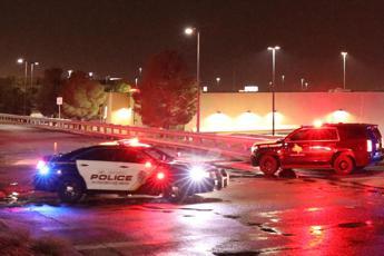 Sparatoria in Texas, 5 morti e 21 feriti