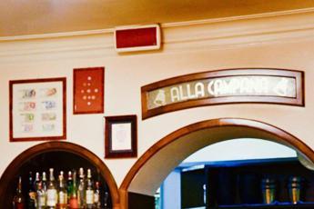Da Fellini a Macron, 'La Campana' punta al Guinness dei Primati