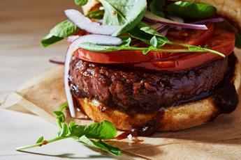 Nestlè lancia l'hamburger senza carne