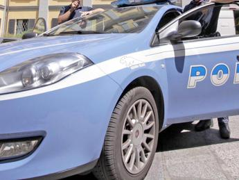 Roma, calci e pugni alla ex fidanzata. Arrestato 26enne