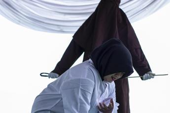 Carcere e multe per i rapporti extraconiugali, la stretta dell'Indonesia