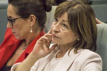 Malore per Tesei, presidente Umbria si accascia a terra