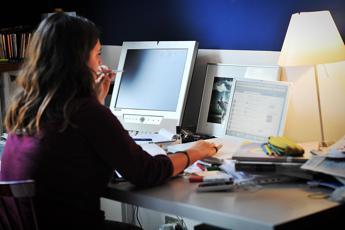 Censis, tv e radio trainate dal web