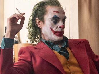 Cinema: 'Joker' senza rivali al box office, arriva a 15,5 mln di euro