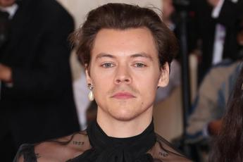 Harry Styles: il nuovo singolo è Lights Up